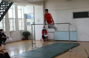 兰州高考体育特长生训练-体操